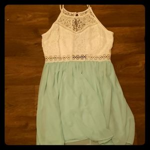 Cute, summery dress.